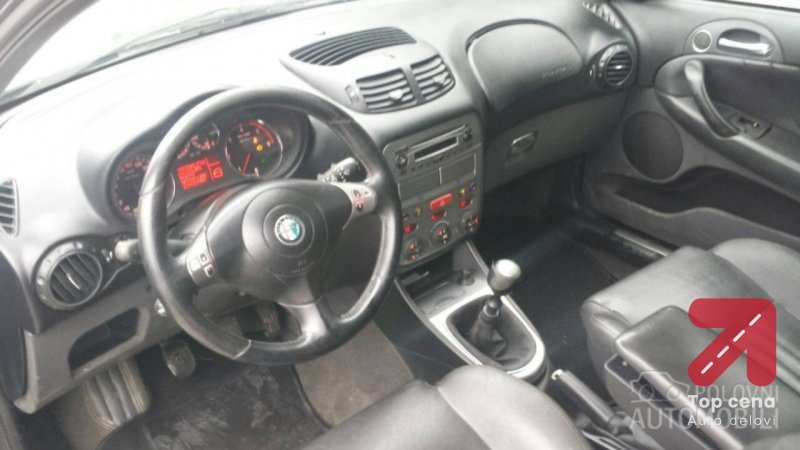 Cd plejer za Alfa Romeo 147 od 2000. do 2008. god.